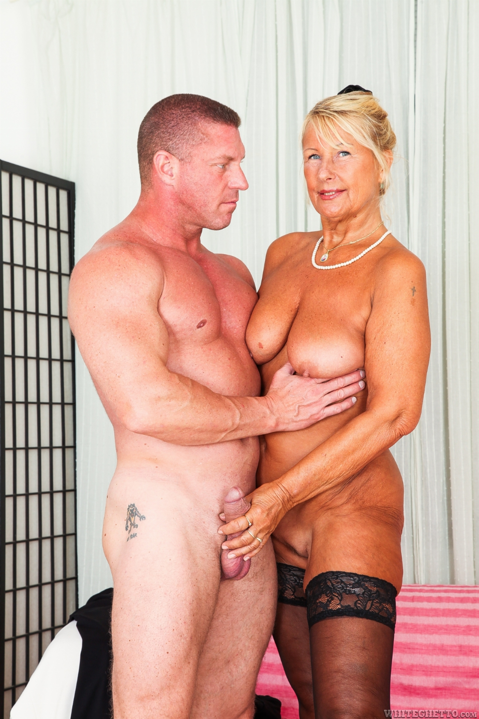 promiscuous gilf likes them young 1