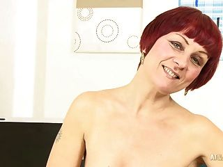 redhead year old milf free tubes look excite and delight 3