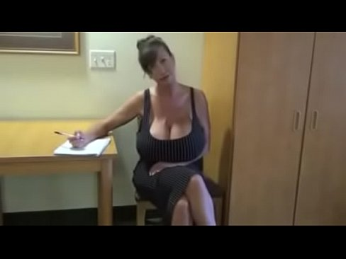 secretary with big tits masturbating xvideos com