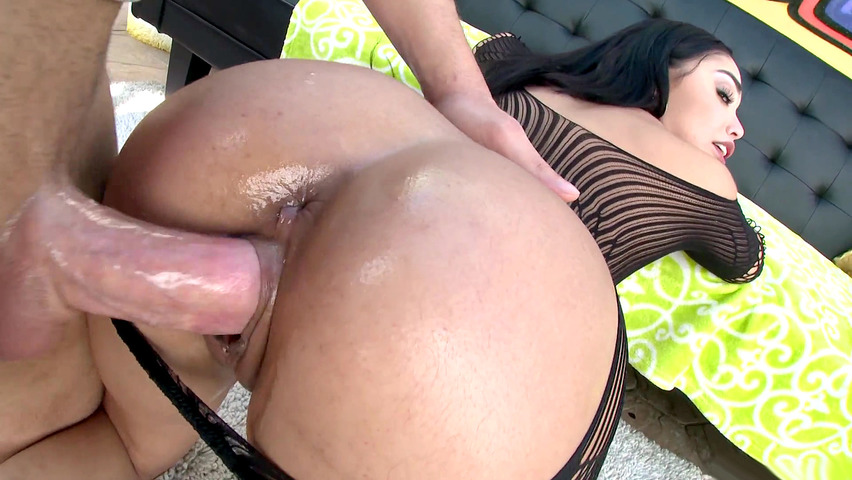 Mature swinger tracy