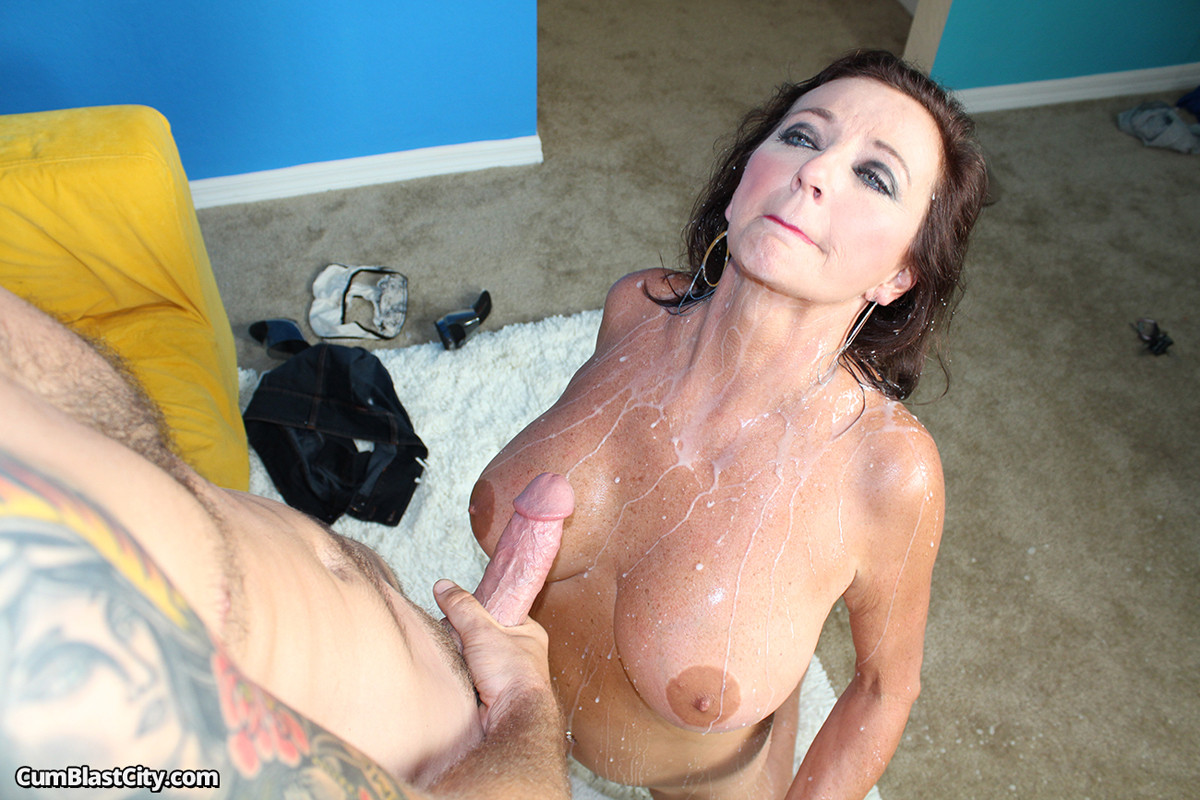congratulate, excellent rina ellis vibrates her clit until she cums hard have hit the mark