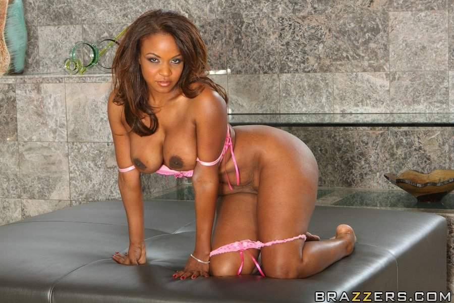 sinnamon love ebony porn sinnamon love free pictures videos and biography chocolate pornstars