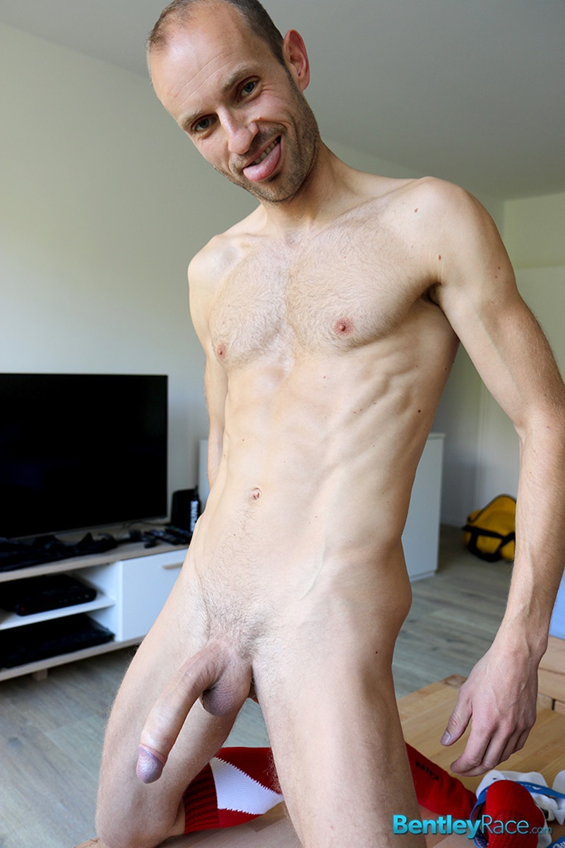 Skinny dude big dick