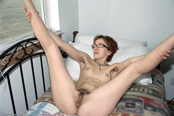 skinny nerd porn skinny nerd girl spreads her hairy pussy pie really wide