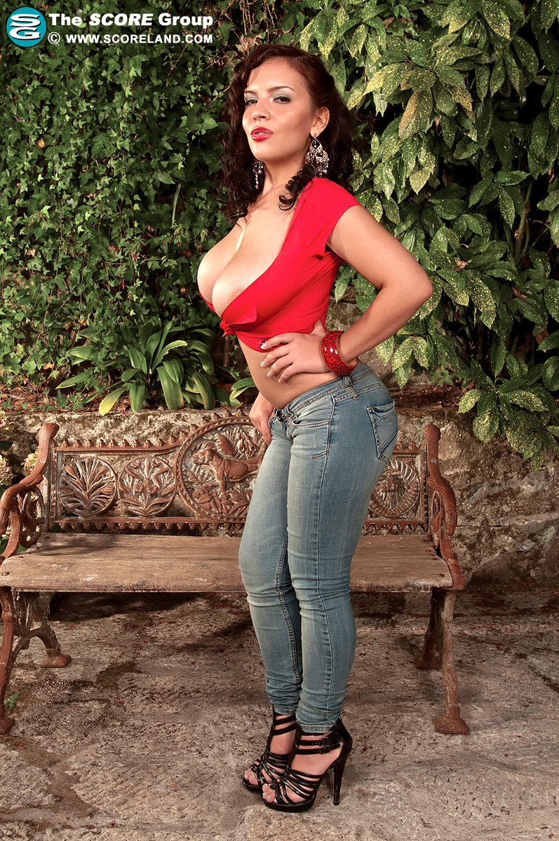 Jeans big tits galleries tight