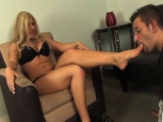 slave lick dirty mistress feet porn 2