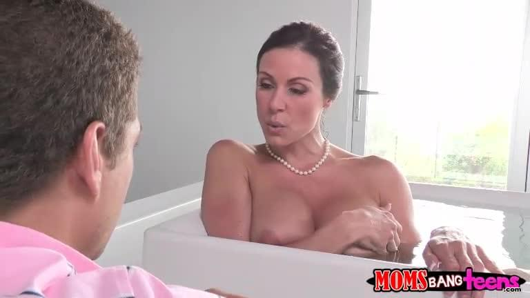 Step Mom Shower Threesome