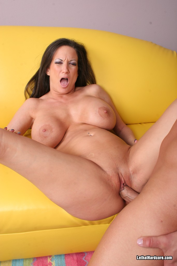 Big tits  milf stephanie fucked hard and cum
