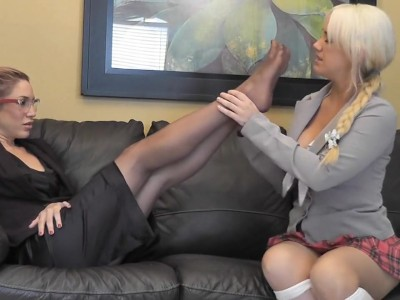 student feet student worships teacher sexy nylon feet mobile