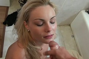 sweet porn video cum on girlfriends face