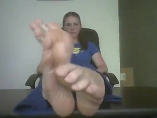 tomboy girls stinky feet
