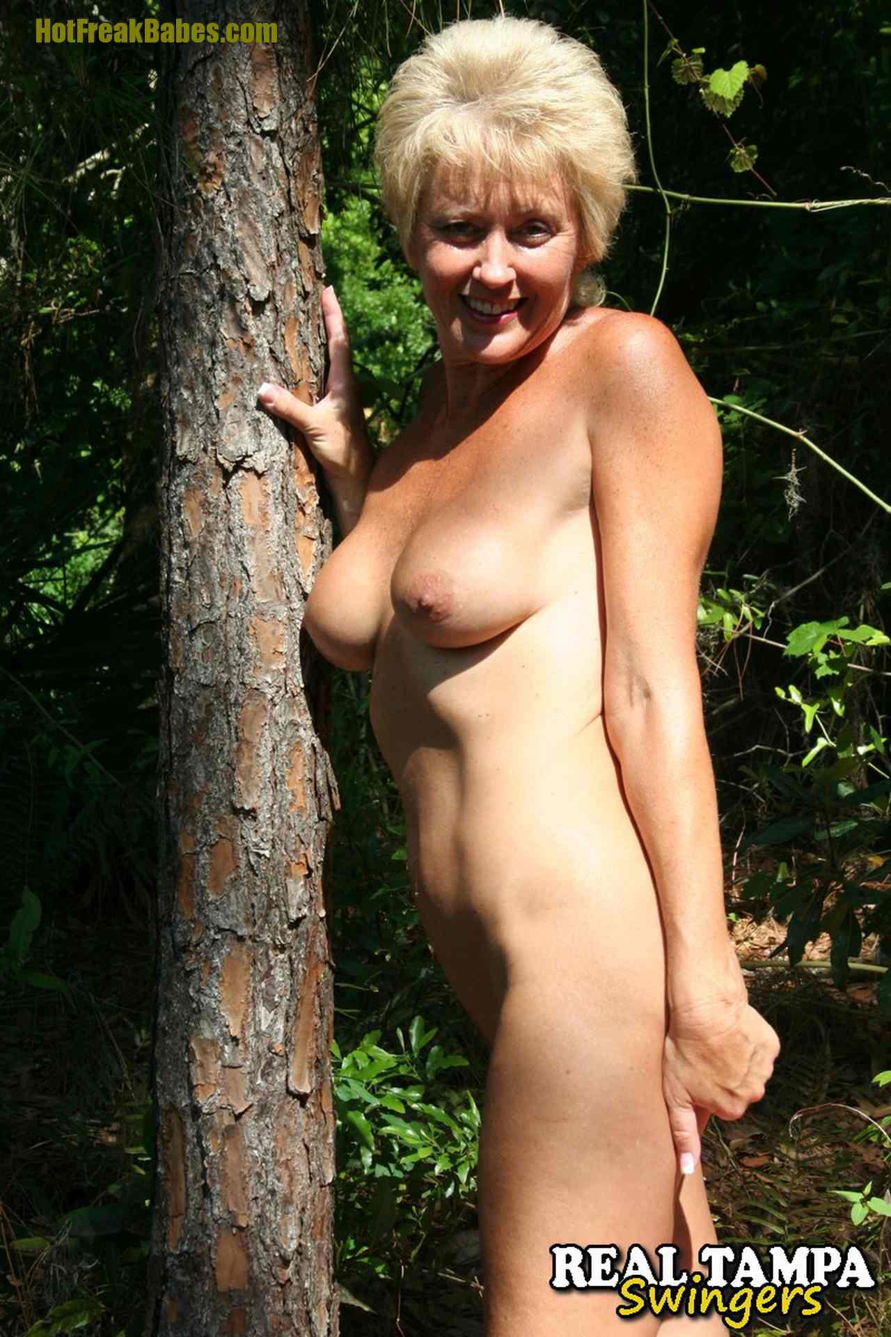 amateur women Real woods nude