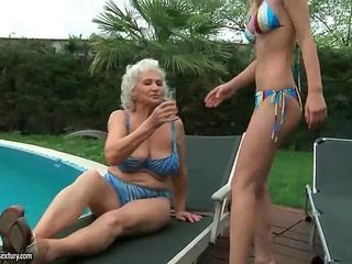 Granny sex pictures free outdoor