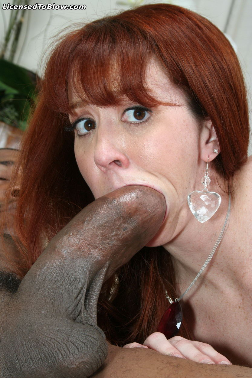 Arwen Gold Interracial Anal