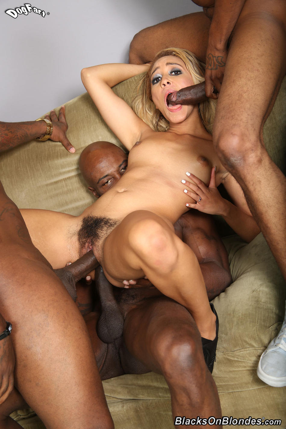 xxx interracial porn tumblr hairy blonde interracial anal blonde photo