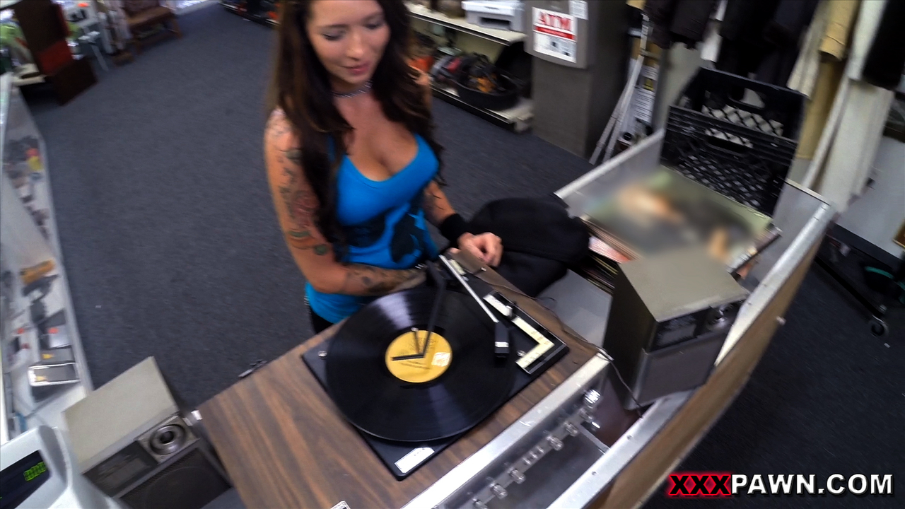 Xxx Pawn Shop Episode Vinyl Queen 2